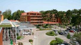Hotel Azúr  - család ajánlat