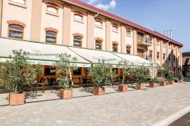 Hunor Hotel és Étterem  - aug 20 hosszúhétvége csomag